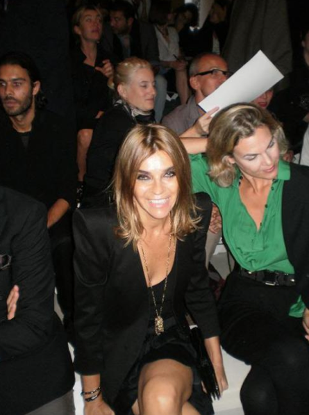 Follow Carine Roitfeld's tweets!