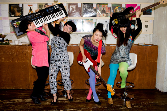 Meet The Suzan! A hilarious pop-rock band from Japan