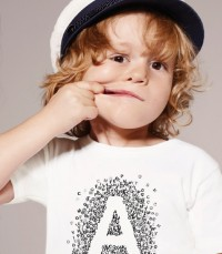 Petit Bateau comes with talking T-shirts…