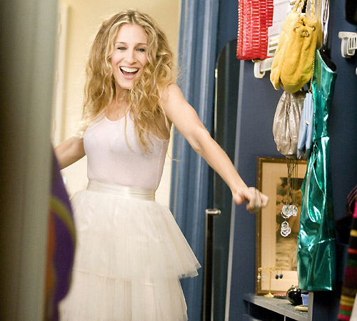 Wanna look digitalicious? Dress like Carrie Bradshaw!