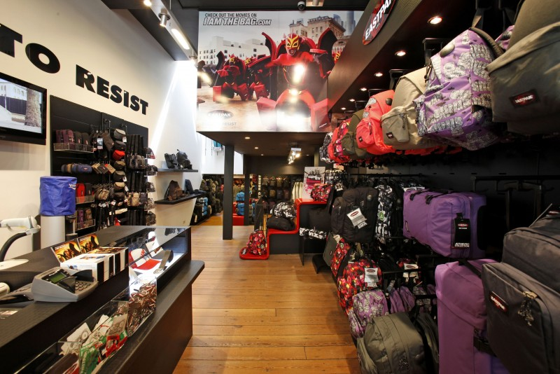 New Amsterdam based EASTPAK Icon store. For the cool kids.
