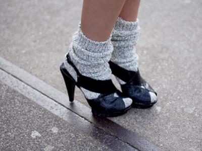 Just try on socks!