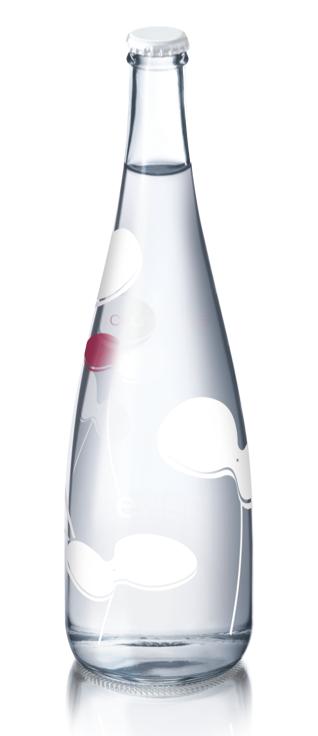 Digitalistic bottle: Evian x Courrèges