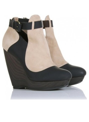 Catch of the Day: Two-tone Balenciaga wedge booties