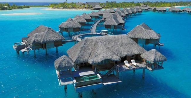 A digitalistic getaway: Bora Bora