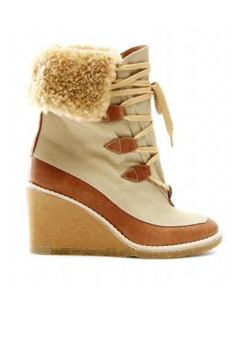 Grab it before it's gone: Chloé boots
