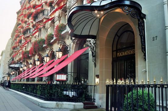 Digitalistic getaway: Plaza Athénée