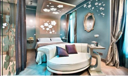 Digitalistic hotel: Château Montfort Milan