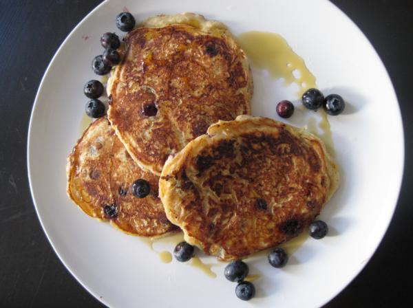 Homemade: Lemon Blueberry Pancakes