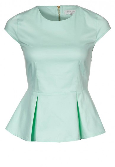 Catch of the Day: Pastel Top