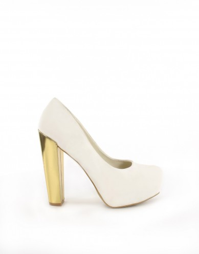 Catch of the Day: Golden Heels