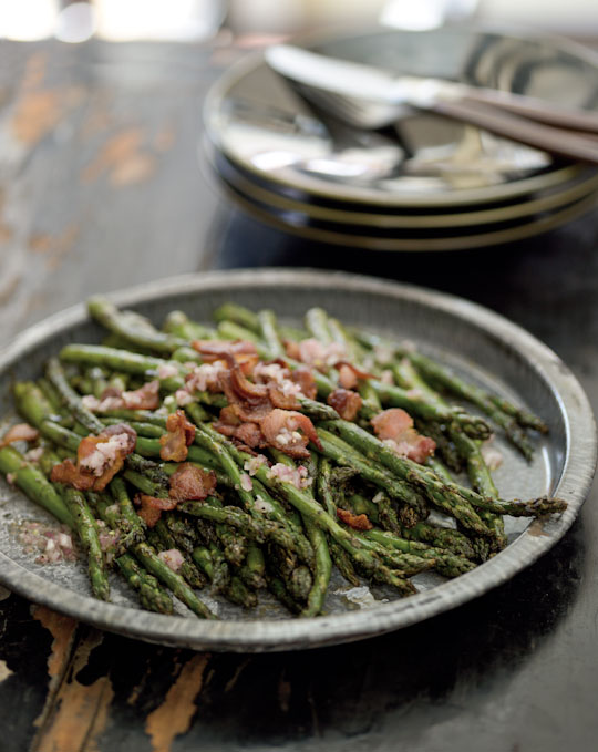 Digitalicious: Grilled asparagus & bacon vinaigrette