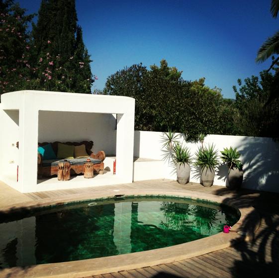 A digitalistic getaway: Harissa Villas