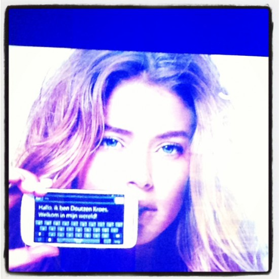 Doutzen Kroes presents: Samsung Galaxy S4 Mini