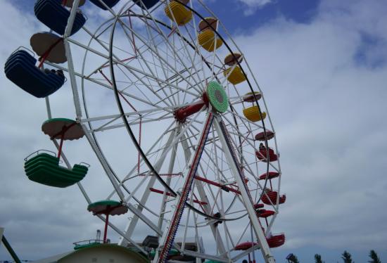 BW_giant_ferris_wheel