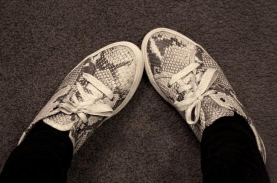 WWA20nov_shoes1