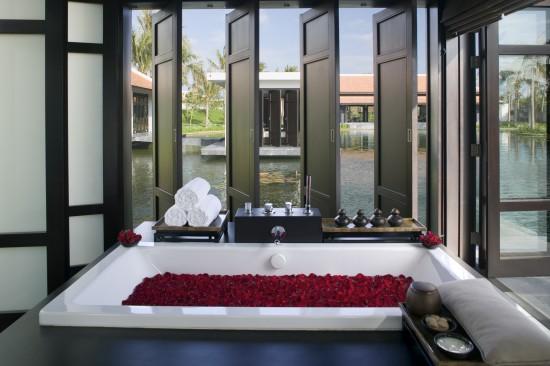The Spa - Love Bath Ceremony