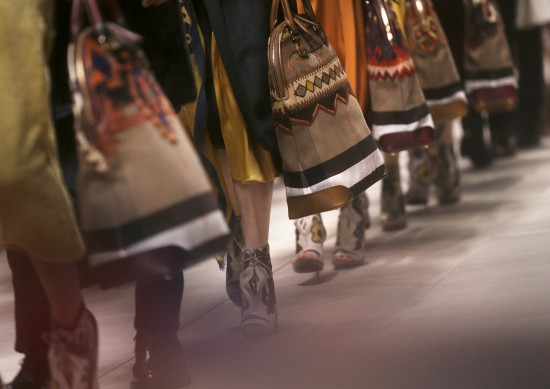 Burberry Prorsum Womenswear Autumn_Winter 2014 Show in Londo_017
