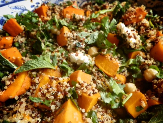 So deliciously Sophie: Quinoa salad with pumpkin, goat cheese and hazelnut