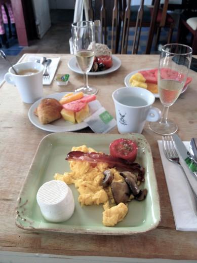 Independente_breakfast2