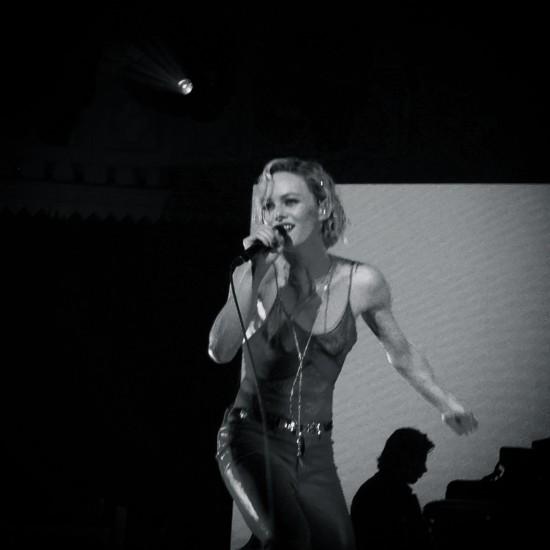 Vanessa-Paradis_paradiso10