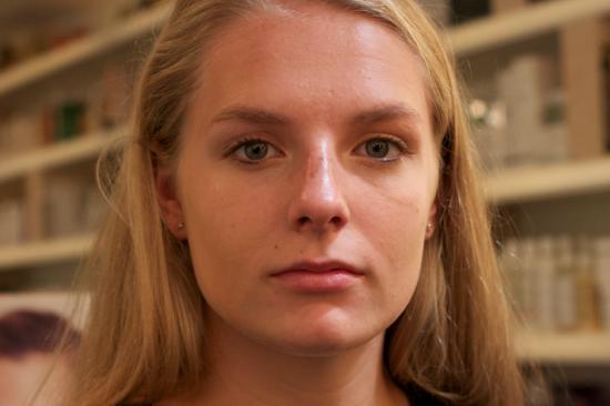 Flawless_Face_Sarah_step2_foundation