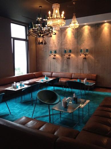 MotelOne_lounge