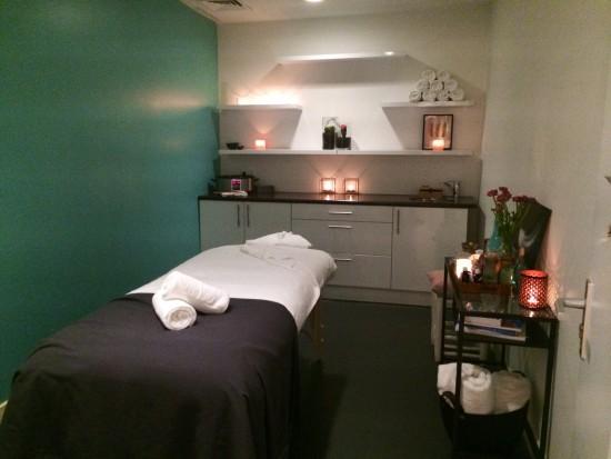 massage_boutique_win2