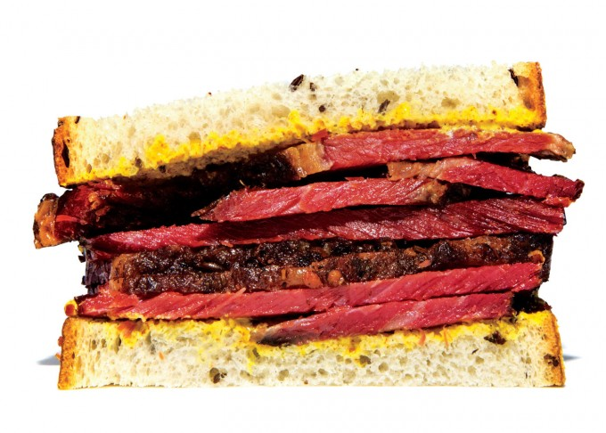 broodjes_smoked-meat-montreal-sandwich